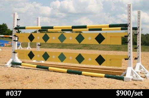 yellow horse jump planks with green diamonds